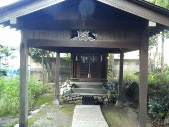 弁財天宮(松戸市小山)