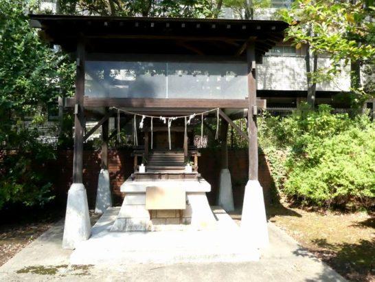 厳島神社(松戸市秋山)